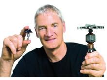 James Dyson_Dyson Digital Motor V2