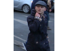 Image of man police wish to identify ref: 22118