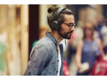 Sony_h.ear on_Lifestyle_Kohlschwarz_01