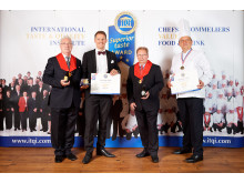 Urkundenübergabe Superior Taste Award