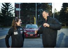 Samferdselsminister Ketil Solvik-Olsen møtte racerfører Molly Pettit til promilleduell i nye Ford Mondeo