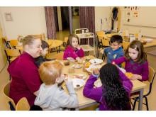 Skogens förskola i Bandhagen finalist i Arla Guldko 2015 Bästa Matglädjeförskola