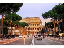 Colosseum with Traffic - credit_ Boris Stroujko _ Shutterstock.com