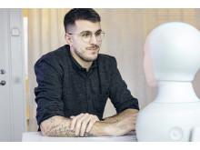 Tengai - the unbiased social interview robot