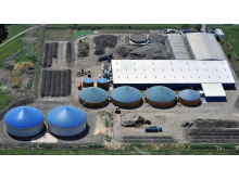 Biogasanlage_in_Schkopau.jpg
