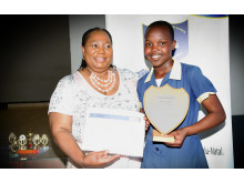 Christabel-Ngcobo-Aphiwe-Mathonsi-skolprojekt-Sydafrika