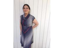 Mona Bhat, författare till Bobby Groda lär sig simma