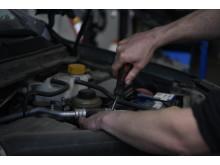 Autoexperten kan konvertera alla fossilbilar på sju år.JPG