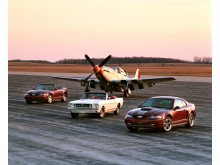 2004-Ford-Mustang-Anniversary-edition-and-1965-Mustang-with-P-51