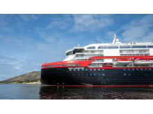 MS Roald Amundsen - Photo credit Hurtigruten _  Espen Mills - 06