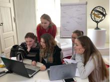 Louisenlunder Schülerinnen erarbeiten Businessplan