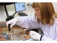 Test av mikrovågsutrustning på RUAG Space