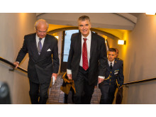H.M. Konung Carl XVI Gustaf anländer till Future of Leadership is Now