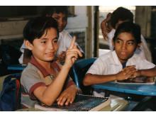 Döv pojke i en skola i Nicaragua