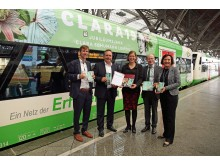 Präsentierten das druckfrische Informationsmaterial (v.l.): Gregor Nowak, Michael Hecht, Dr. Skadi Jennicke, Oliver Mietzsch und Marit Schulz