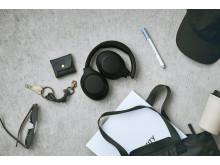 Sony_WH-XB900N_Schwarz_Lifestyle_02