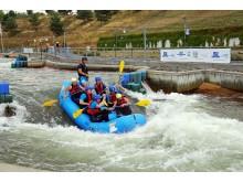 Kanupark Markkleeberg - Martin Dulig beim Wildwasser-Rafting
