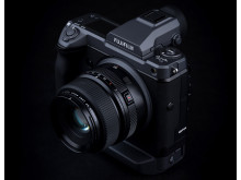 FUJIFILM GFX 100 Side high angle - Jonas Rask