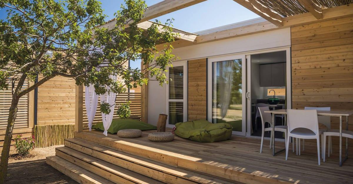 adria mobile homes nu i sverige adria ab. Black Bedroom Furniture Sets. Home Design Ideas