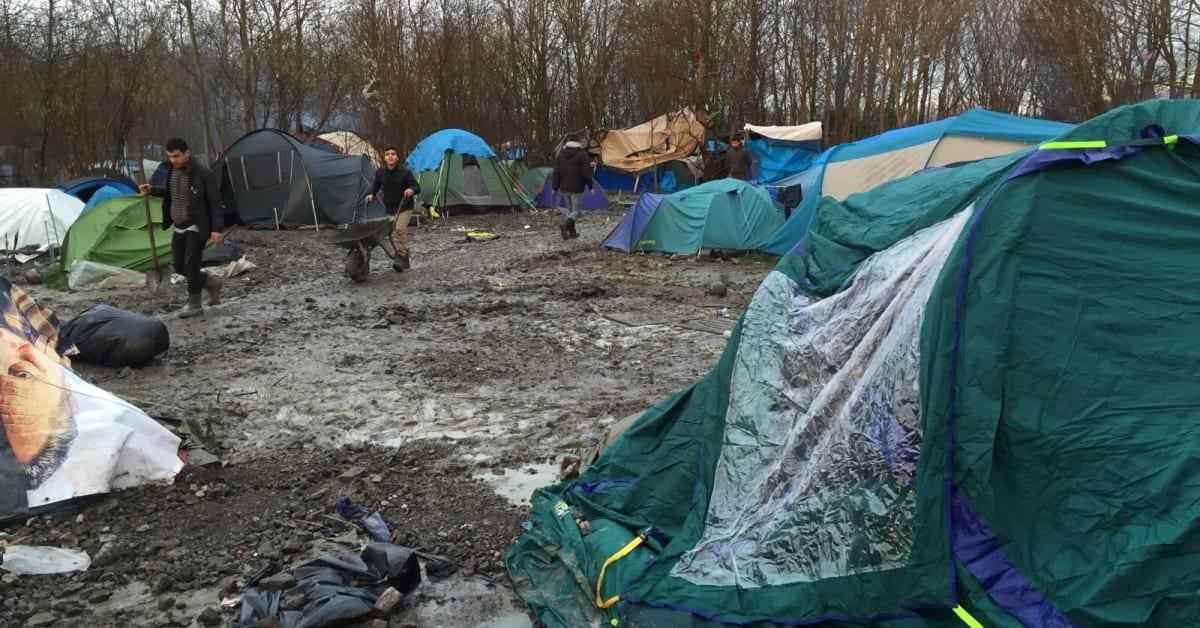 Lakare Utan Granser Bygger Flyktinglager I Frankrike Lakare Utan Granser