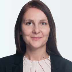 Dr. Ana Ivanova
