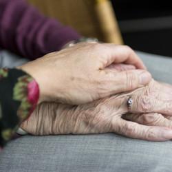 Kontaktpersoner för frågor om äldre samt vård och omsorg