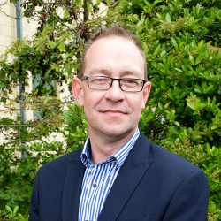 Simon Kay