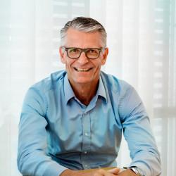 Peter Svarrer