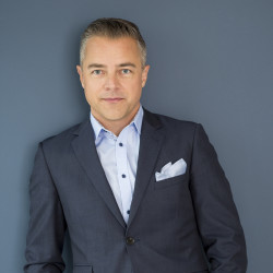 Fredrik Löfgren