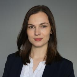 Nadine Schaer