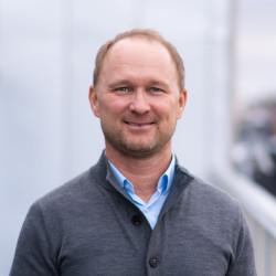 Lars Sveder