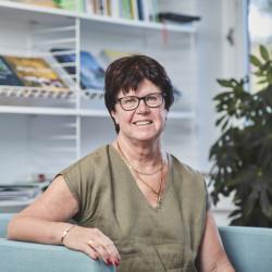Pia Almström (M)