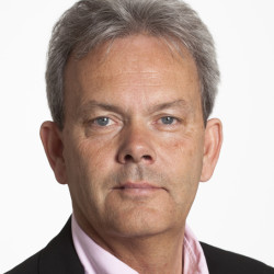 Mikael J:son Lindhe