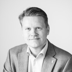 Carl-Mikael Lindholm