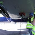 Oredigerad film Vortexrobot inspekterar flygplan