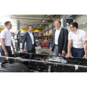Neue E-Lkw-Marke von bester Abstammung: Zwei führende Unternehmen der Nutzfahrzeugindustrie stecken hinter BAX