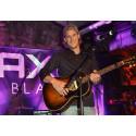 Idag släpper David Dahl – vinnaren av AXE BLACK MUSIC – sin version av låten Ocean