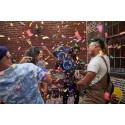 Inviter vennerne til en uforglemmelig fest med JBL PartyBox