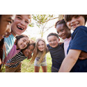 Aldi: Vær med til at give udsatte børn en sommer med venner og fællesskab