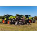 Eleverne på JU Århus får nye CLAAS traktorer