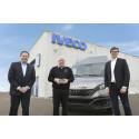 REA Erhvervsbiler A/S modtager prisen som Årets IVECO-forhandler for andet år i træk