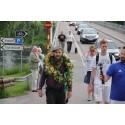 Stiko Per Larsson vandrade och sjöng ihop 200.000 kronor till SOS Barnbyar - på 38 dagar!
