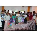QNET Indonesia Bagikan 10.000 Telur Dan Peralatan Sekolah di Surabaya