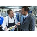 Nicht alltägliche Kost: Skrei-Fischen und Skrei-Essen mit dem norwegischen Kronprinzen