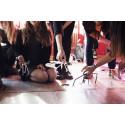 På Teklafestivalen får tjejer prova på teknik på sina villkor