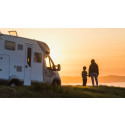 Med sommar och semester i sikte - här delar vi med oss av de bästa tipsen för campingsemestern med husbil och husvagn.