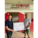 Gothaer Generalagentur Baer überreicht Spende für den SSV Rot-Weiß Ahrem