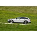 Mercedes visar höjd C-Klass för dåliga vägar och dåligt väder