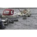 Flere hundre båter tatt av vinden