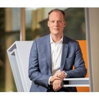 Grüne Energie ins Netz bringen: HEINEKEN, Nouryon, Philips und Signify bilden erstes paneuropäisches Konsortium für zukünftigen Windpark